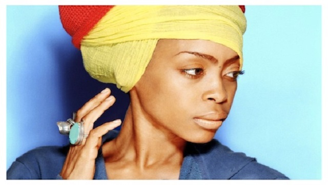 Erykah Badu Sings for Money in Times Square; Earns Only $3.60 [video]