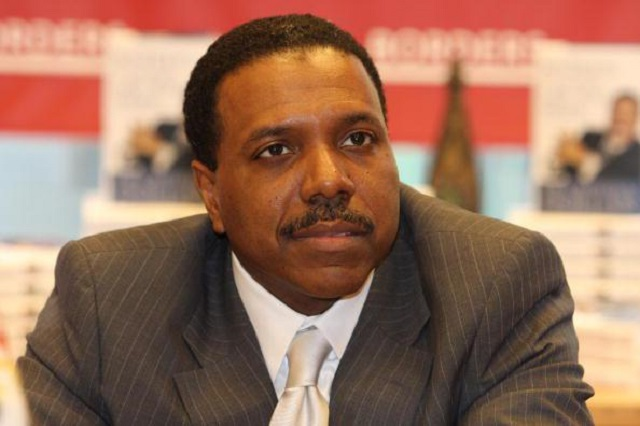 Social Media Backlash Forces Creflo Dollar to Pull Down Fundraising Page for $65 Million Private Jet